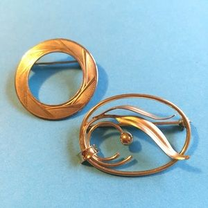 Vintage Gold Brooch Pair
